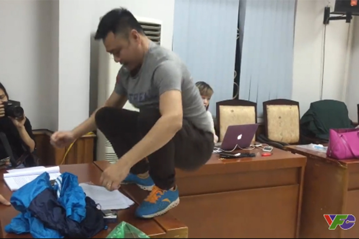 Khong nhin duoc cuoi voi khoanh khac tang dong cua cac Tao-Hinh-6