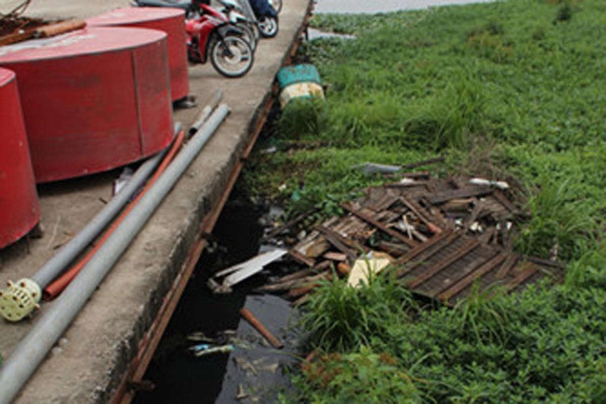 Chum anh: Nhung du thuyen, nha hang sap bi di doi khoi Ho Tay-Hinh-11