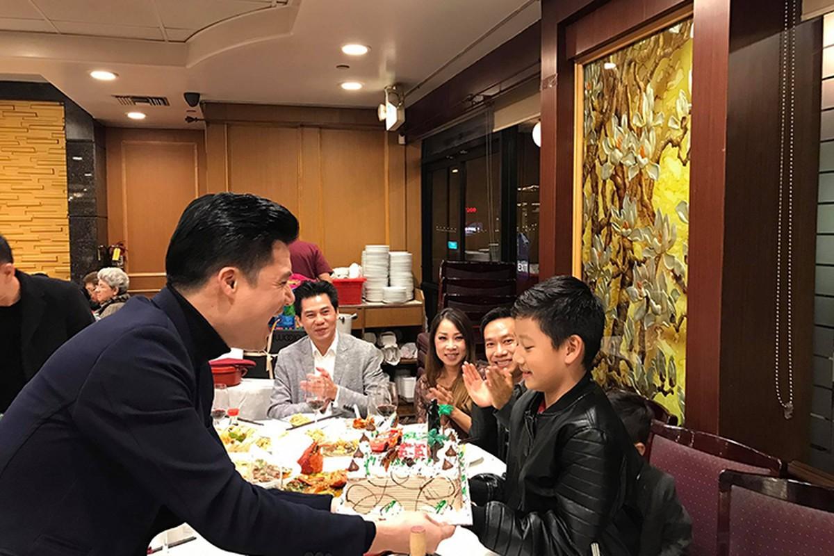 Quang Dung - Jennifer Pham lan luot mung sinh nhat con trai-Hinh-2