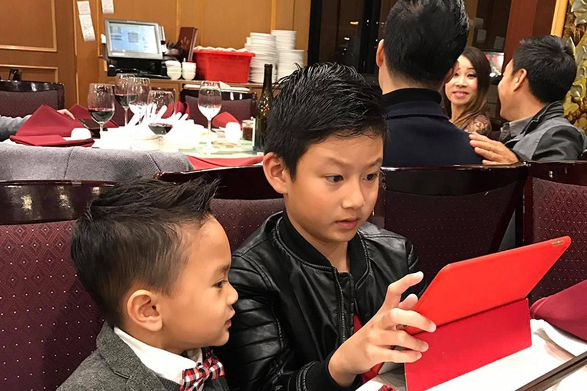 Quang Dung - Jennifer Pham lan luot mung sinh nhat con trai-Hinh-5