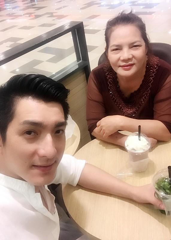 Chong cu Phi Thanh Van tau xe sang sau khi ly hon-Hinh-6