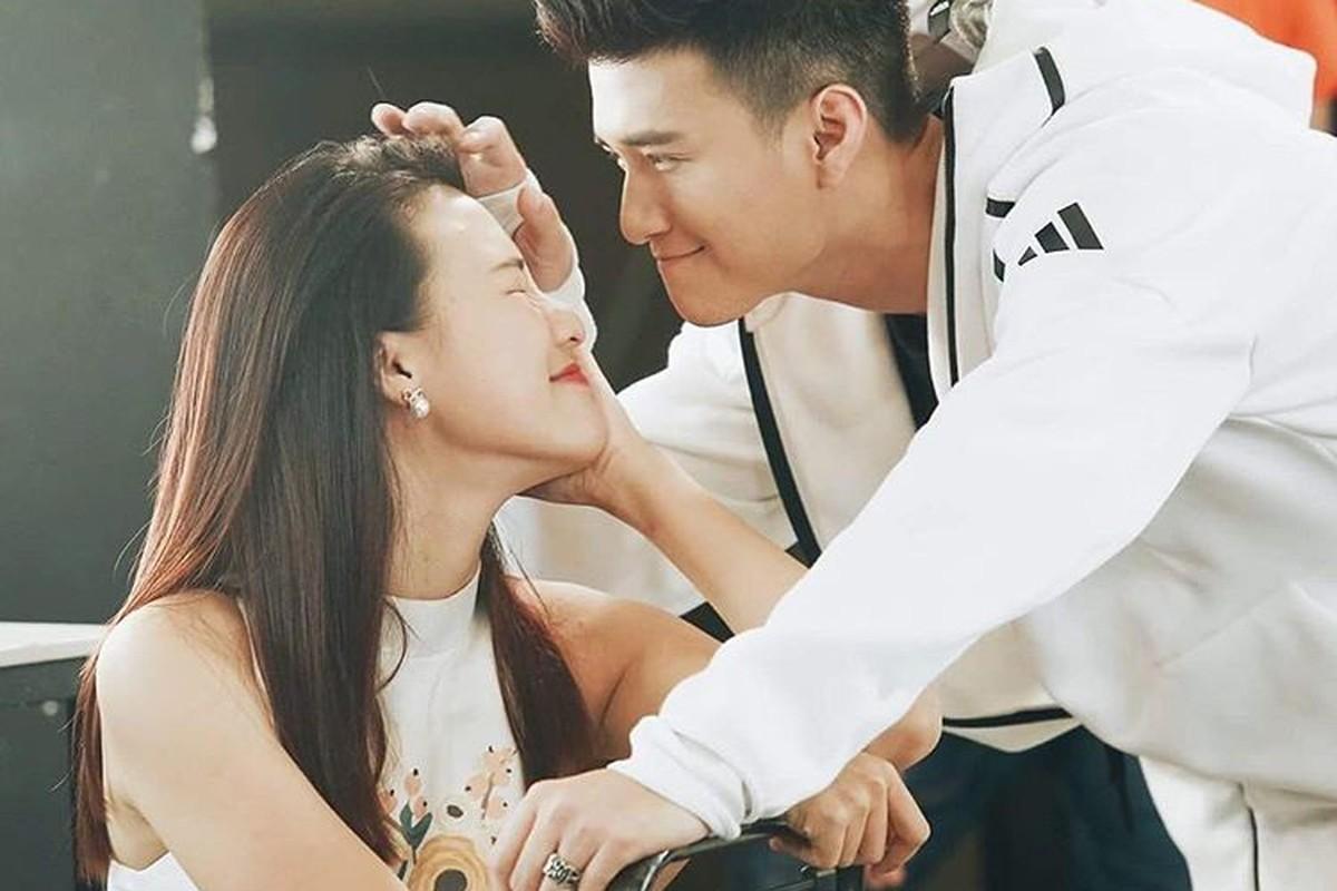 Nhin lai chuyen tinh dep nhu mo cua Hoang Oanh - Huynh Anh-Hinh-2