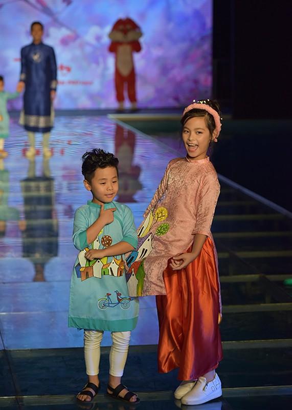 MC Phan Anh an can cham soc con gai lam mau nhi-Hinh-8