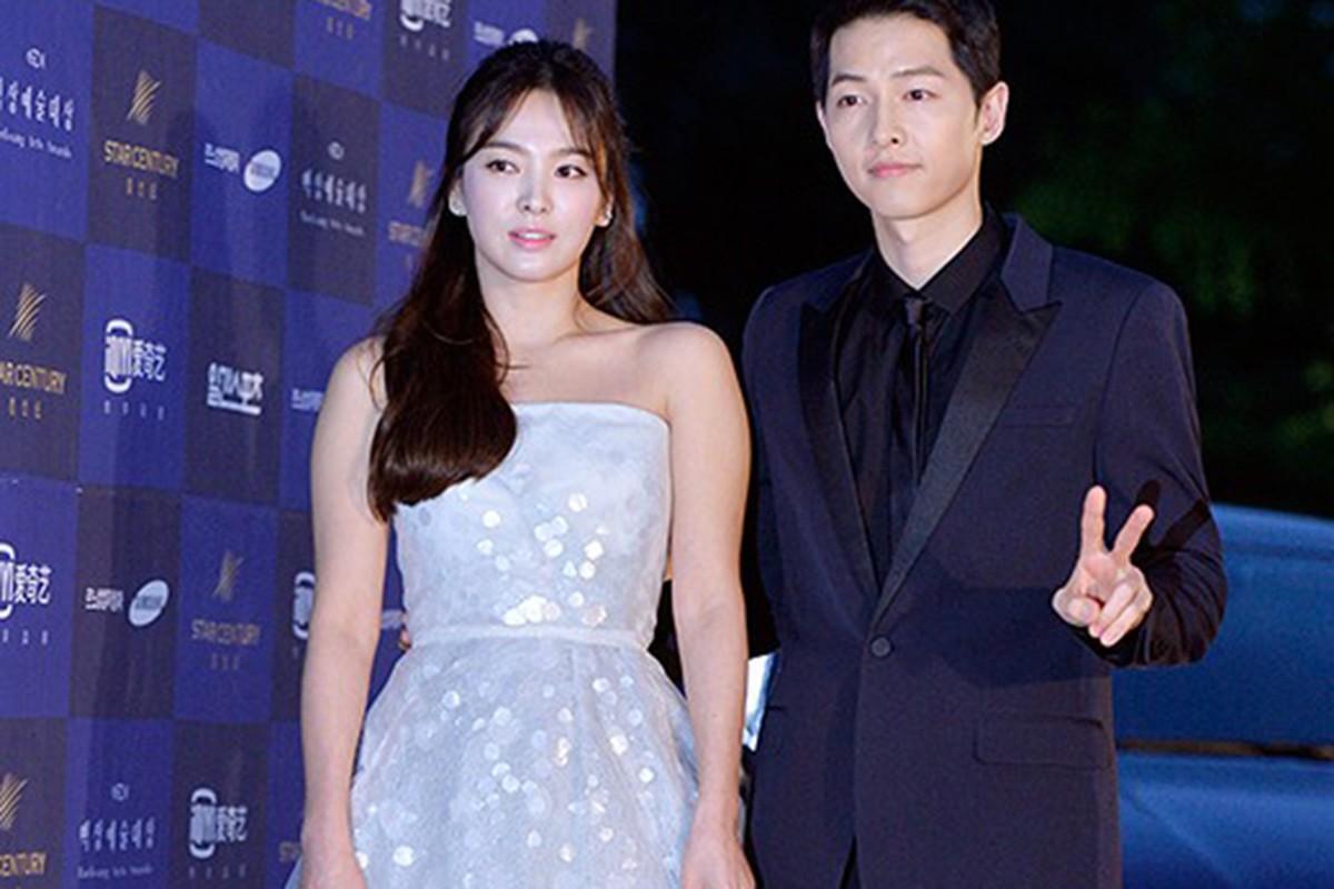 Song Hye Kyo noi gi ve tin don qua dem voi Song Joong Ki?-Hinh-3