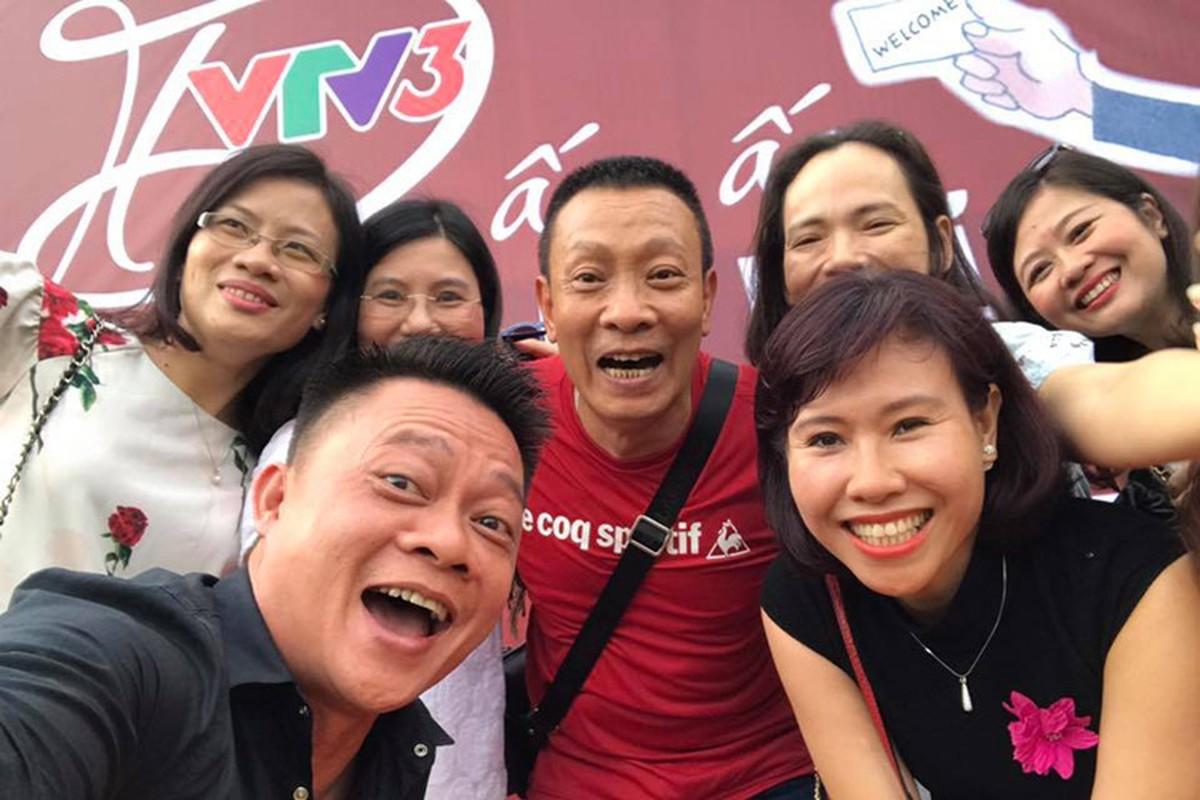 Nha bao Lai Van Sam vui het co tai tiec chia tay VTV-Hinh-6
