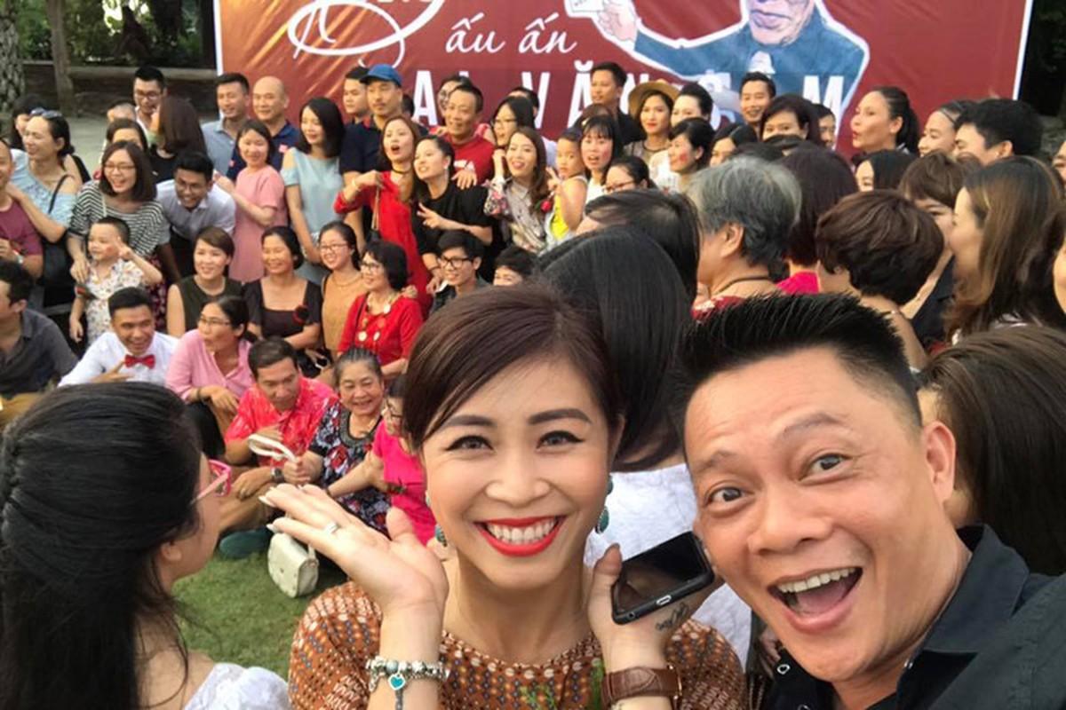 Nha bao Lai Van Sam vui het co tai tiec chia tay VTV-Hinh-9