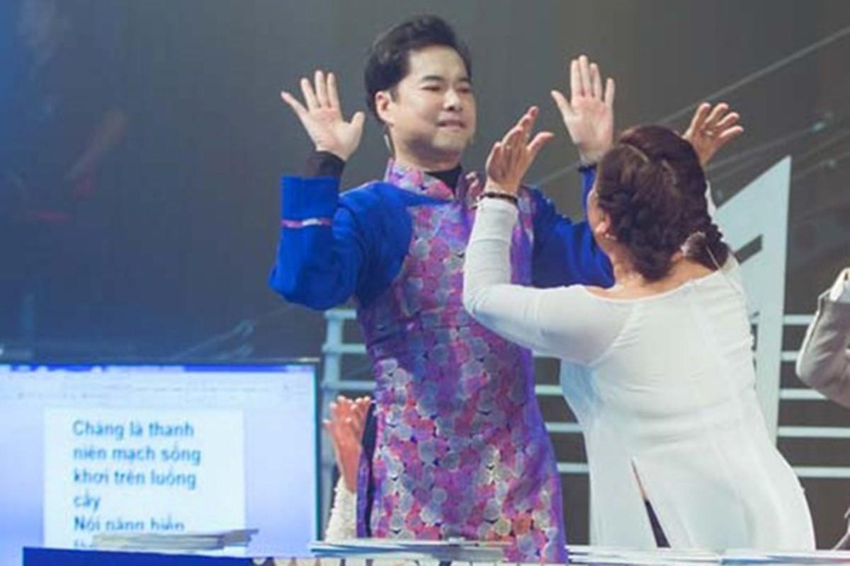 Khong phai Hoai Linh, day moi la giam khao Bolero duoc yeu het muc-Hinh-11