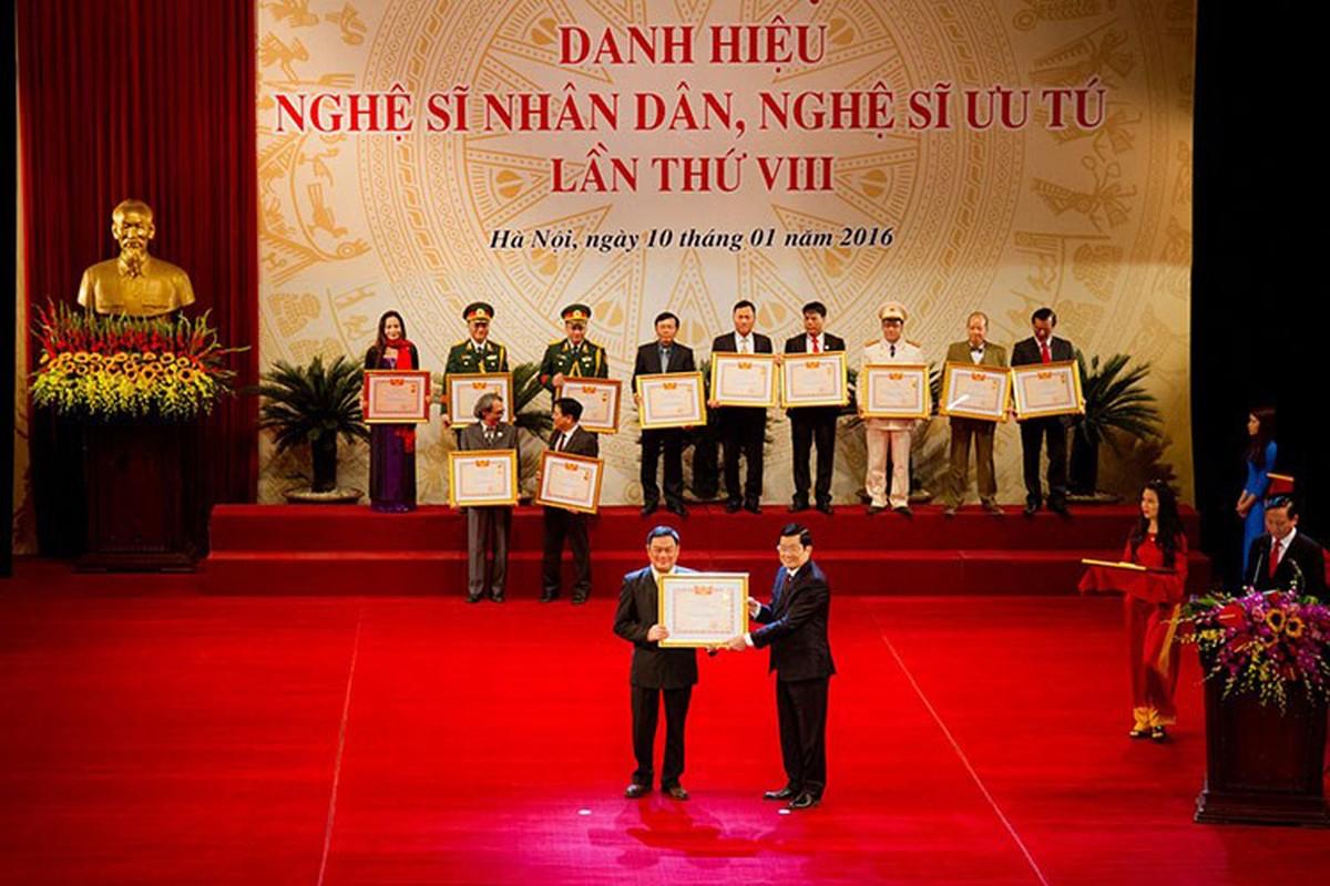 Dat len ban can tai nang cua NSND Anh Tu va Xuan Bac-Hinh-4