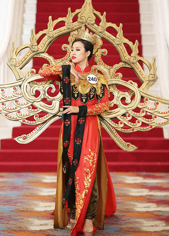 Bat ngo ly do Mau Thuy rot top 8 Hoa hau Hoan vu VN-Hinh-11