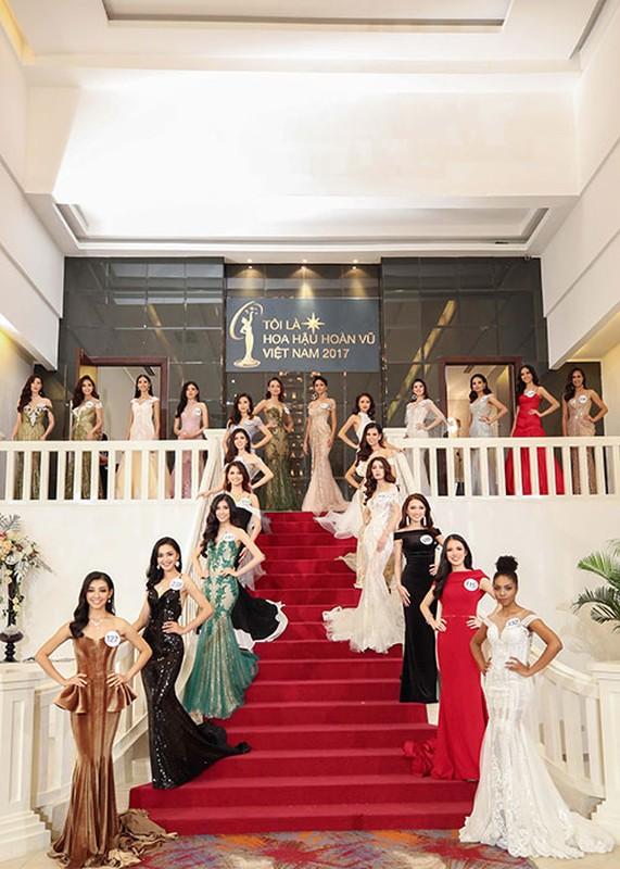 Bat ngo ly do Mau Thuy rot top 8 Hoa hau Hoan vu VN-Hinh-3