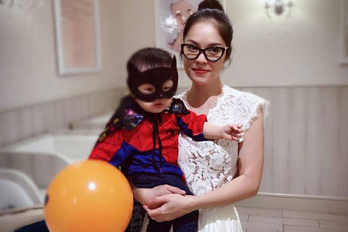 Hot Face sao Viet 24h: Tang Thanh Ha khoe con trai hoa khung long nhi-Hinh-13