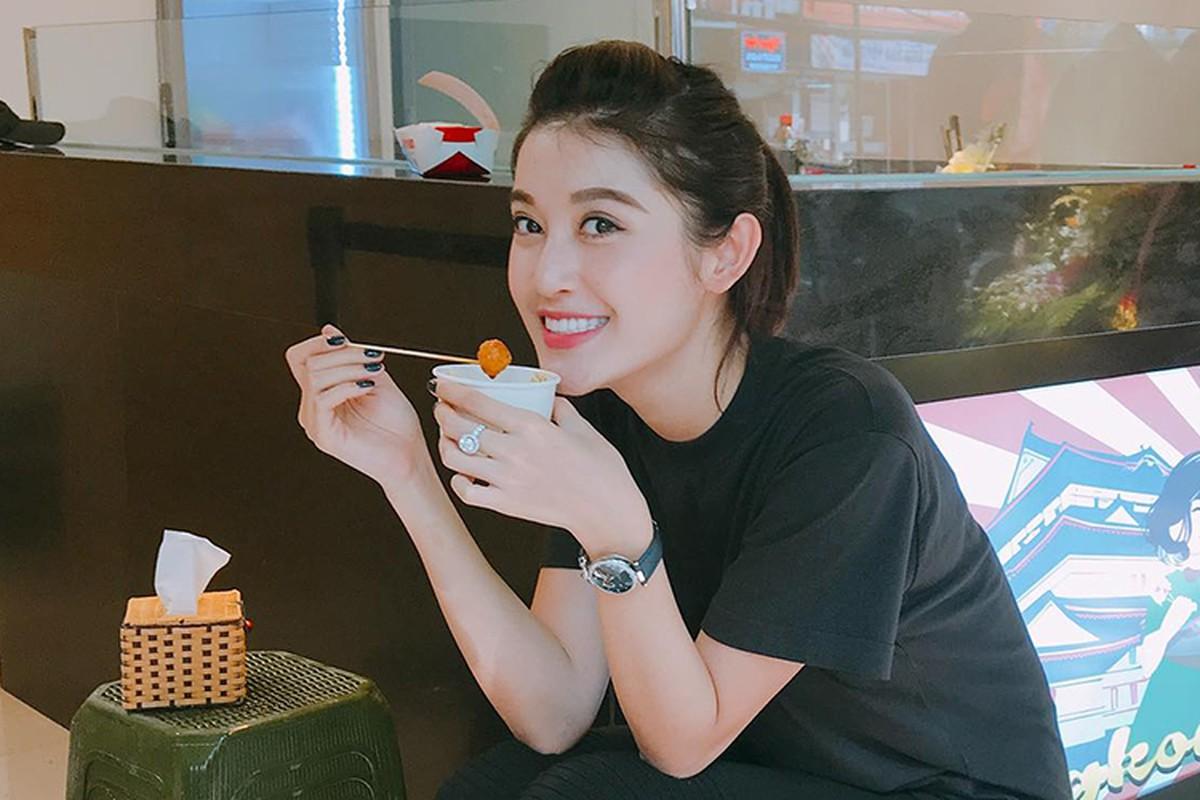 Hot Face sao Viet 24h: Huyen My tuoi roi sau on ao truot top 5