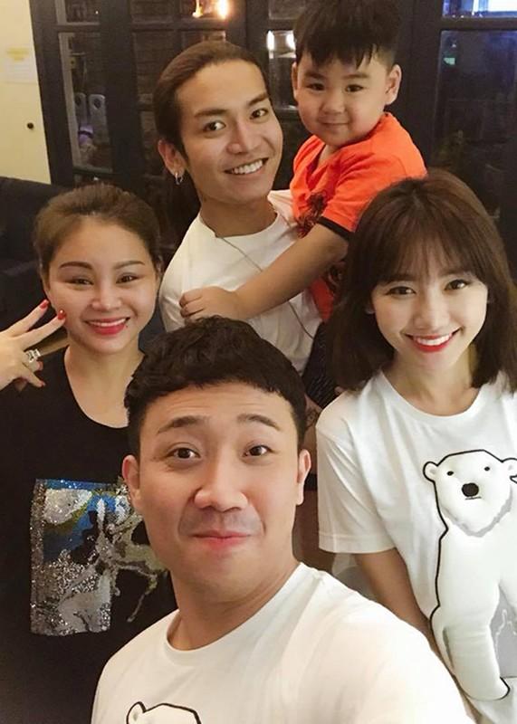 Hot Face sao Viet 24h: Oc Thanh Van vui ve ben con giua on ao-Hinh-2