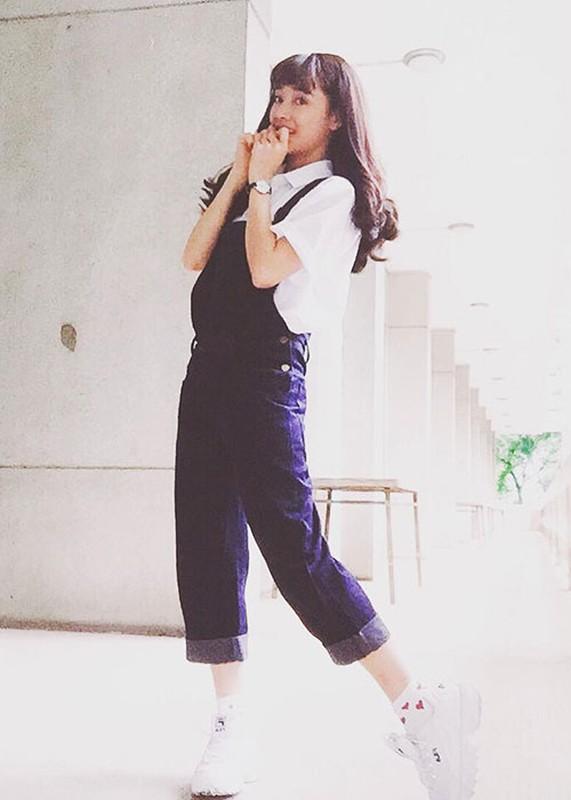 Hot Face sao Viet 24h: Angela Phuong Trinh tuoi roi giua on ao-Hinh-3