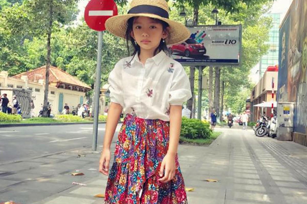 Hot Face sao Viet 24h: Angela Phuong Trinh tuoi roi giua on ao-Hinh-5
