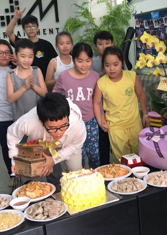 "Hot Face sao Viet 24h: Ho Quang Hieu ""lau nuoc mat"" cho Bao Anh-Hinh-8"