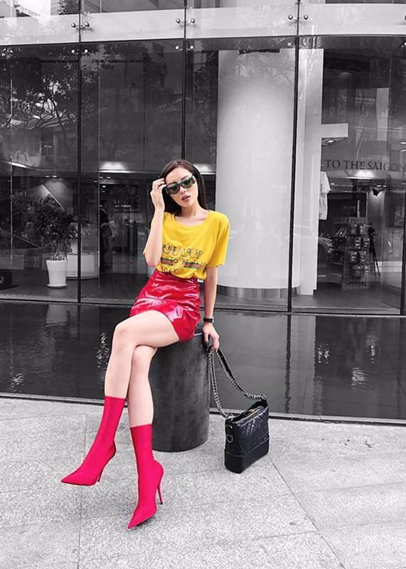 Hot Face sao Viet 24h: Vo chong Ha Tang lai xe sang di choi-Hinh-10