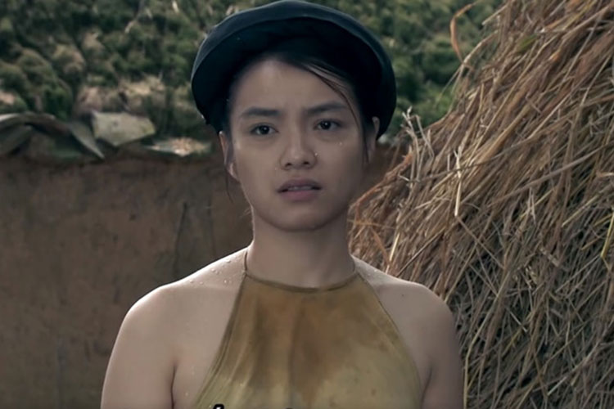 """Tuot tuon tuot ve nu chinh phim """"Thuong nho o ai"""" dang gay sot"""