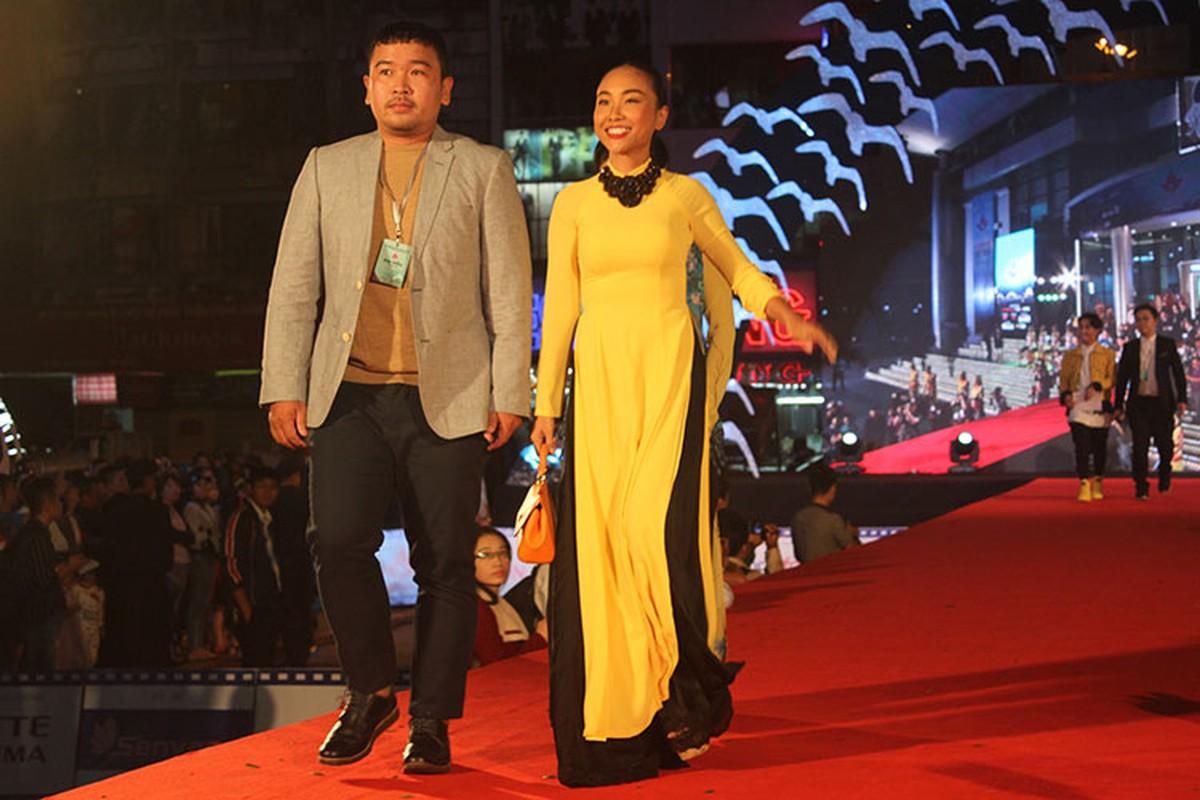 """Trung Anh """"Luong Bong"""" sanh doi cung Thuy Hang tren tham do-Hinh-8"""