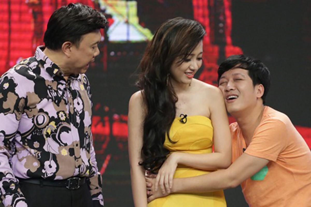 Dau chi Nam Em, dien voi ai Truong Giang cung... om, hon!-Hinh-8