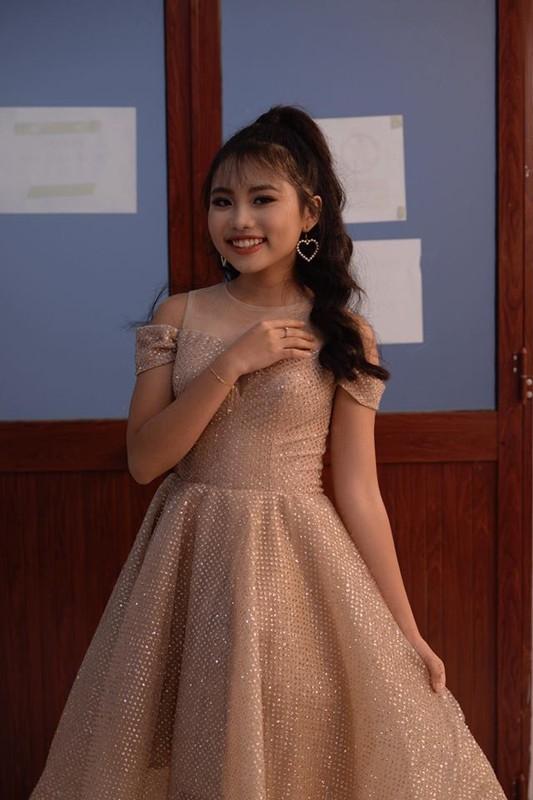 Co be dan ca Phuong My Chi khoe dang thieu nu, than bi len can-Hinh-2