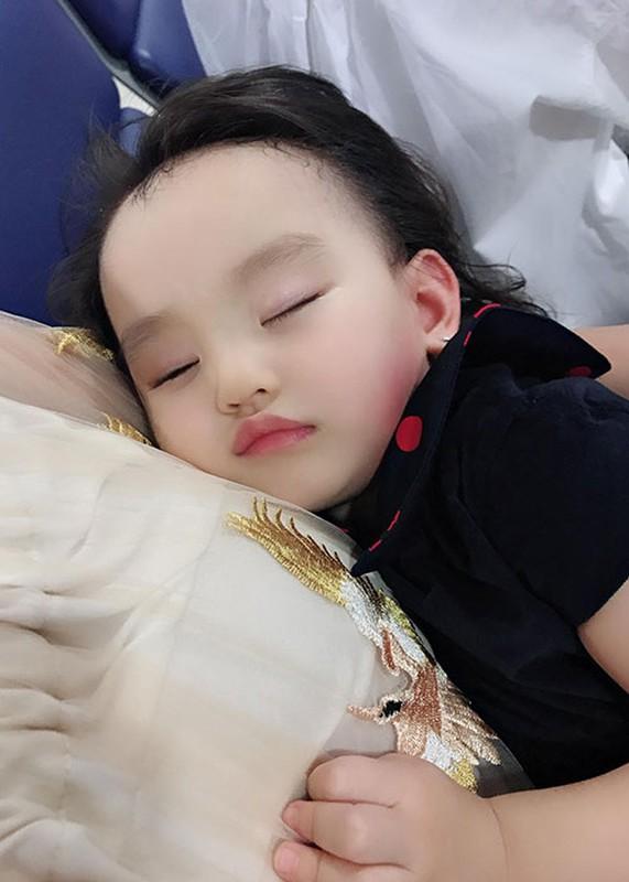 Hot Face sao Viet 24h: Thanh Thao khoe con gai cuc dang yeu-Hinh-5