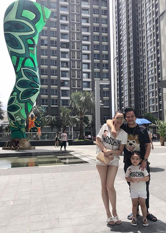 Hot Face sao Viet 24h: Thanh Thao khoe con gai cuc dang yeu-Hinh-6