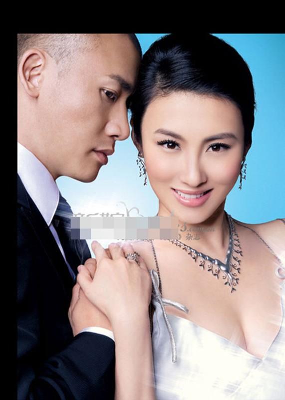 "Nhan sac hai nguoi vo cua nam chinh phim ""Dien Hi Cong Luoc""-Hinh-2"