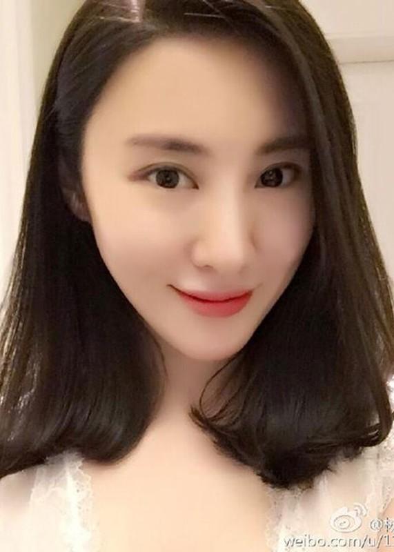 "Nhan sac hai nguoi vo cua nam chinh phim ""Dien Hi Cong Luoc""-Hinh-4"