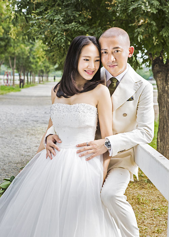 "Nhan sac hai nguoi vo cua nam chinh phim ""Dien Hi Cong Luoc""-Hinh-7"