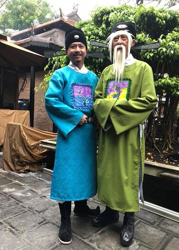 Nghe si Le Binh tuoi tan di xem phim cung dong nghiep-Hinh-8