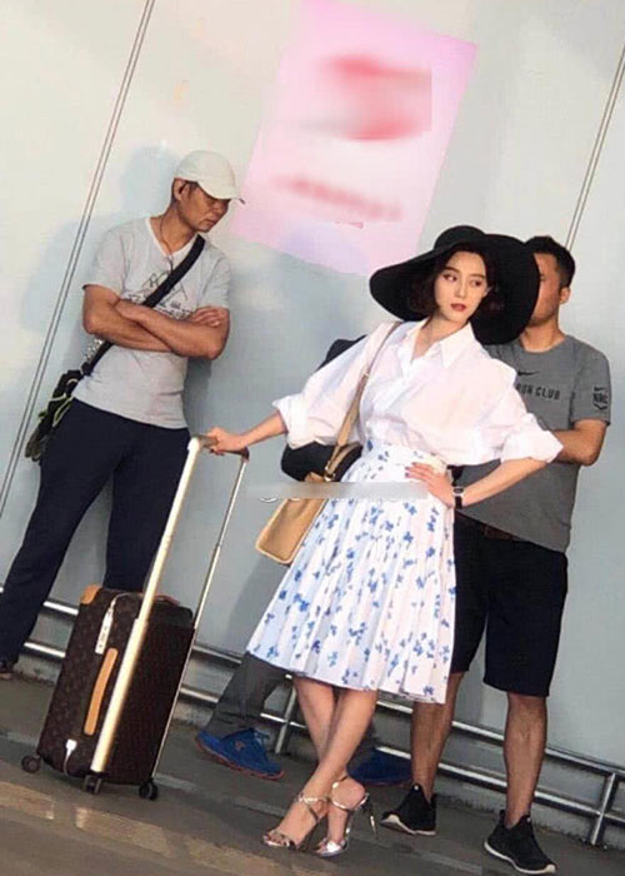 Anh Pham Bang Bang tren phim truong thu lao 200 ty cho 4 ngay quay-Hinh-5