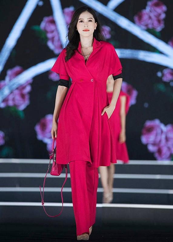 Nhan sac me dam cua ban sao Jennifer Pham tai Hoa hau Viet Nam 2018-Hinh-6