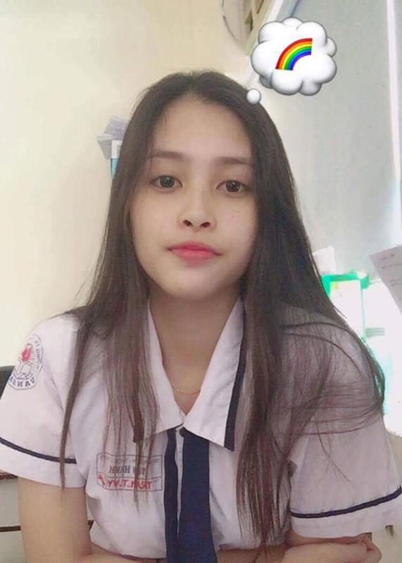 Nhan sac doi thuong gay me cua tan Hoa hau Viet Nam Tran Tieu Vy-Hinh-11