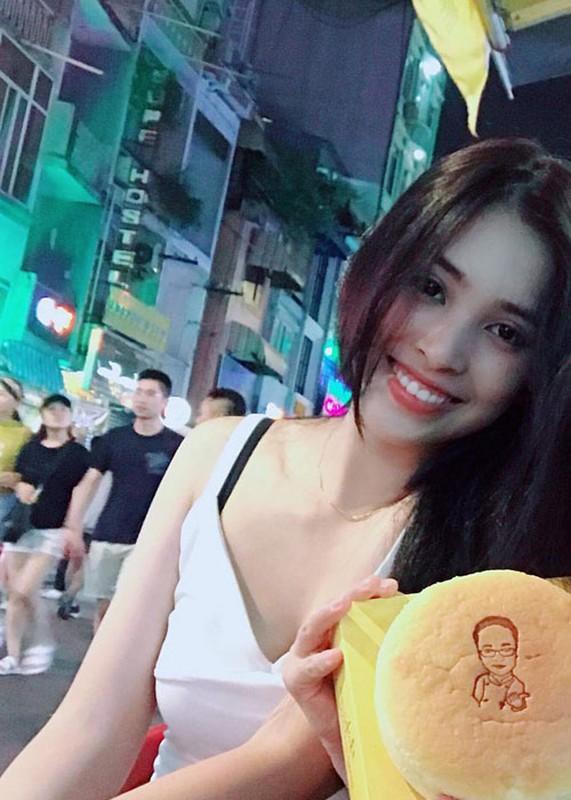 Nhan sac doi thuong gay me cua tan Hoa hau Viet Nam Tran Tieu Vy-Hinh-3