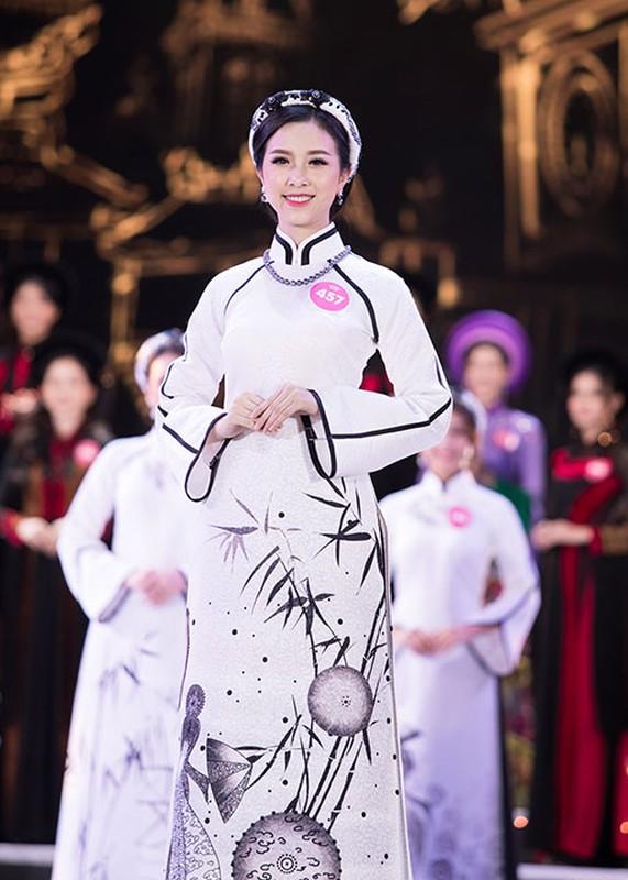A hau 2 Thuy An xinh dep khong kem tan Hoa hau Tran Tieu Vy-Hinh-3