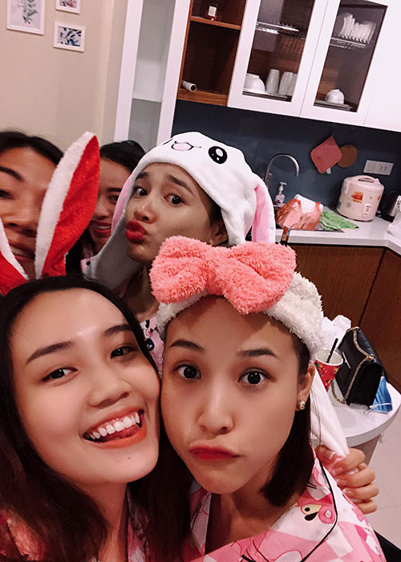 Nha Phuong lai bi soi vong 2 lon bat thuong trong tiec doc than-Hinh-6