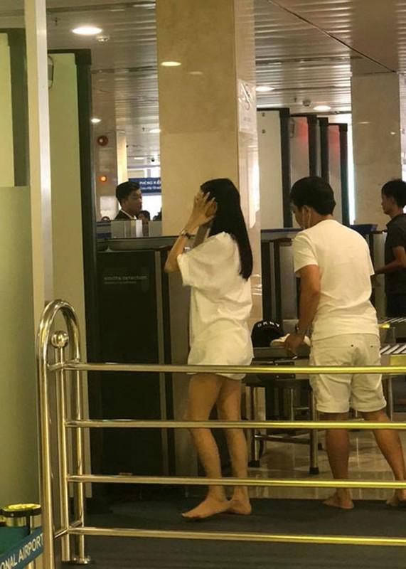 Nha Phuong lai bi soi vong 2 lon bat thuong trong tiec doc than-Hinh-9
