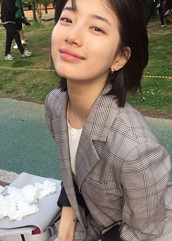 Ngam mat moc cuc pham cua tinh dau quoc dan Suzy-Hinh-8