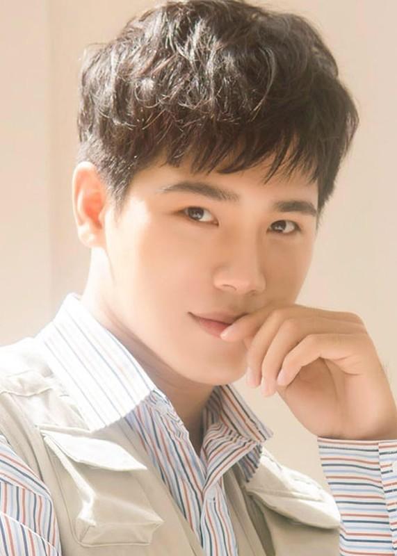"""2 dien vien phu hot khong kem Song Luan trong """"Hau due mat troi""""-Hinh-3"""
