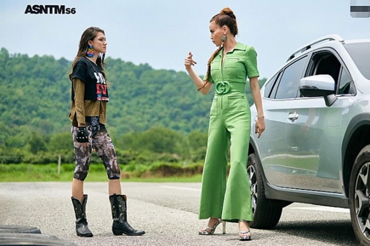 Loat anh catwalk than thai dinh cao cua Ho Ngoc Ha-Hinh-11