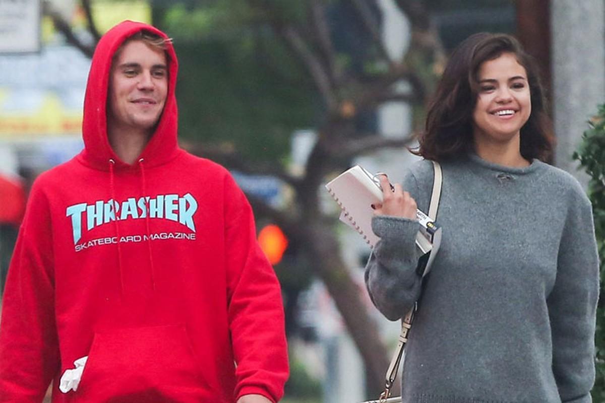Tinh cu Selena Gomez nhap vien, Justin Bieber om mat khoc ben hon the-Hinh-9