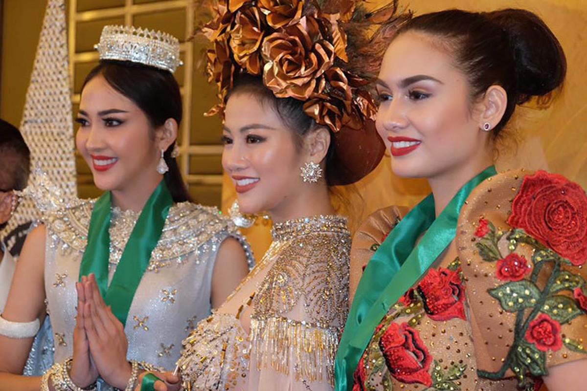 Soi trang phuc dan toc giup Phuong Khanh gianh giai vang Miss Earth-Hinh-2