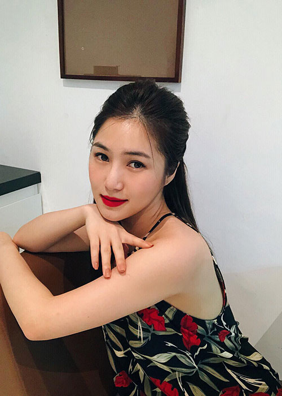 Stress den muc boc da tay chay mau, Huong Tram van dep me man-Hinh-10