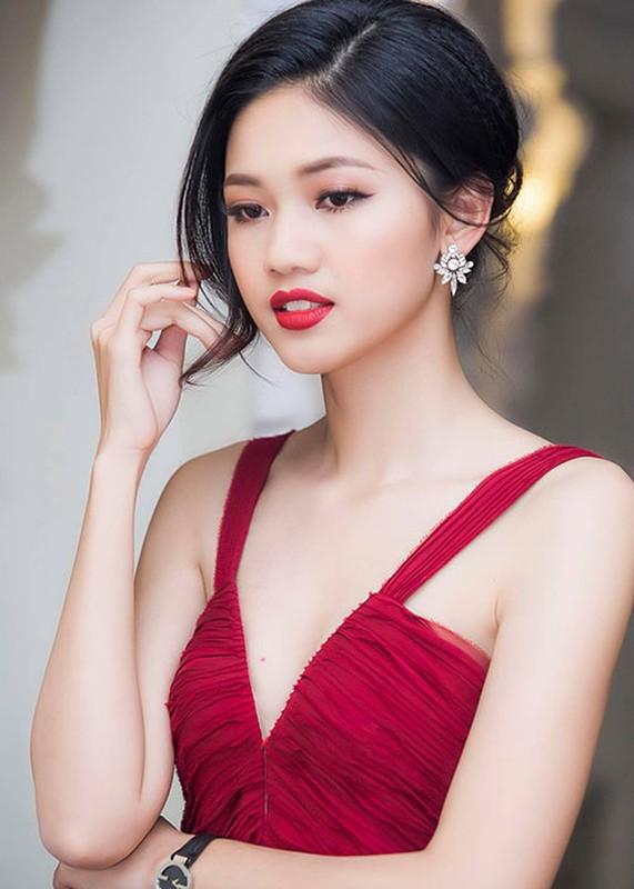 Loat anh goi cam cua A hau Thanh Tu sap cuoi ban trai U40-Hinh-11