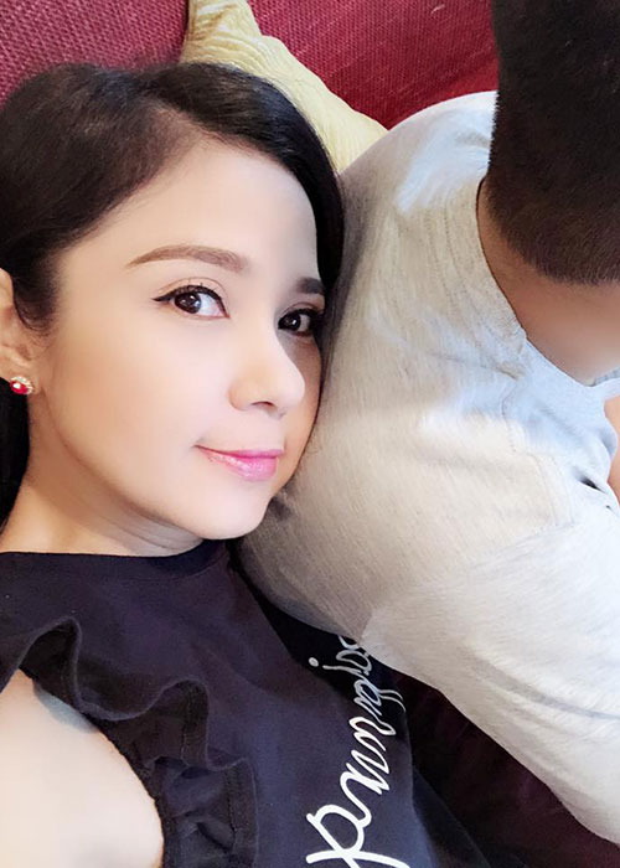 Con trai lon phong phao nhieu nam giau kin cua Viet Trinh-Hinh-3