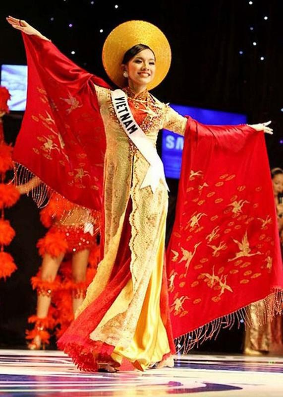 Truoc H'hen Nie dai dien VN mang quoc phuc gi den Miss Universe?-Hinh-4