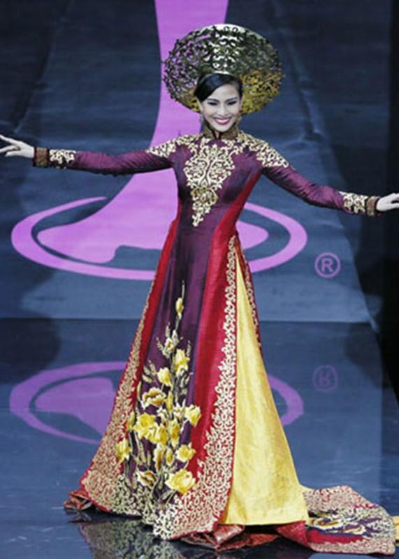 Truoc H'hen Nie dai dien VN mang quoc phuc gi den Miss Universe?-Hinh-8