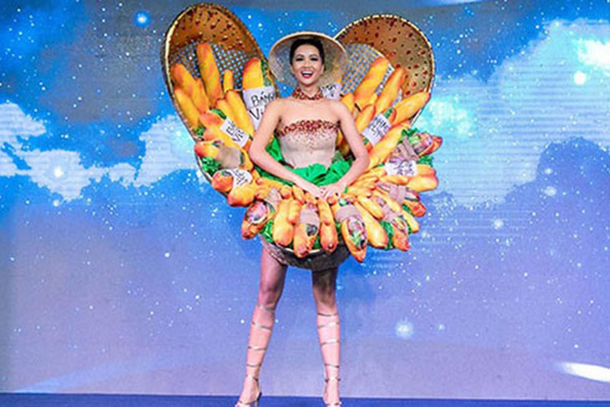 Truoc H'hen Nie dai dien VN mang quoc phuc gi den Miss Universe?