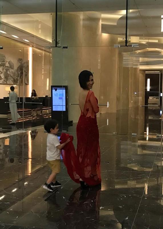 Ngam con trai lai Tay lon phong phao cua Thu Minh-Hinh-5
